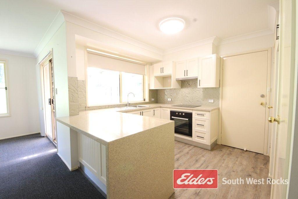 35 Gilbert Cory St, South West Rocks NSW 2431, Image 1