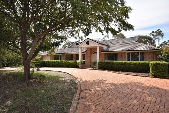 Picture of 18 Charmere Place, DUBBO NSW 2830