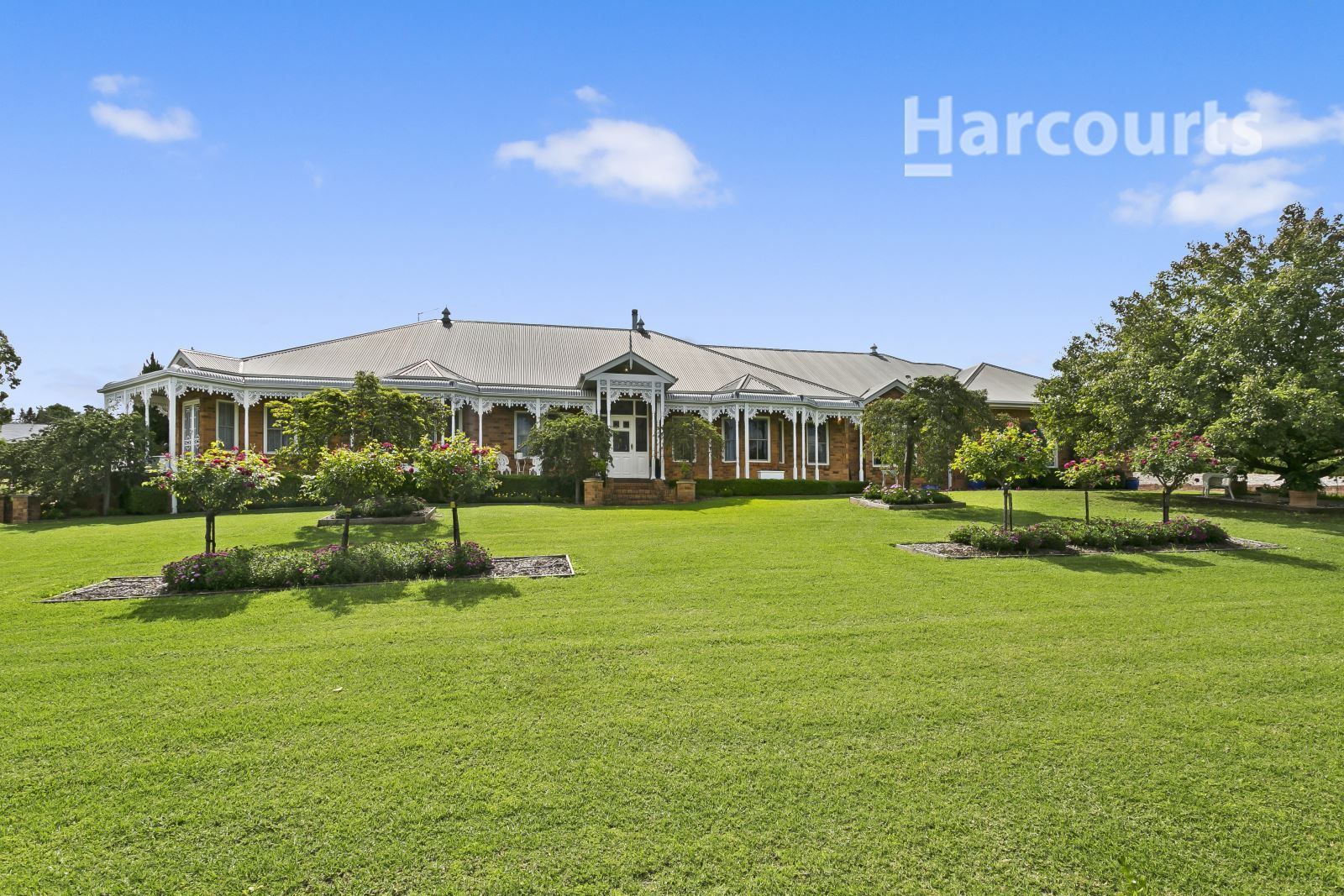 12 Benwerrin Crescent, Grasmere NSW 2570, Image 0