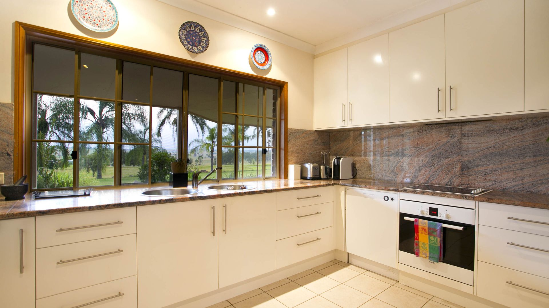 2748 Ipswich Boonah Rd, Milbong QLD 4310, Image 2