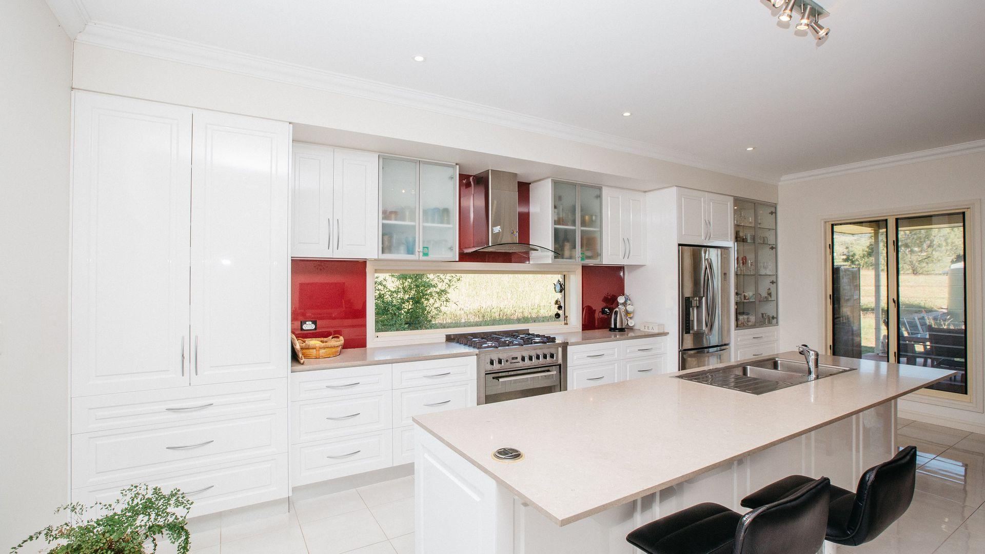 919 Gatton Clifton Road, Ma Ma Creek QLD 4347, Image 2