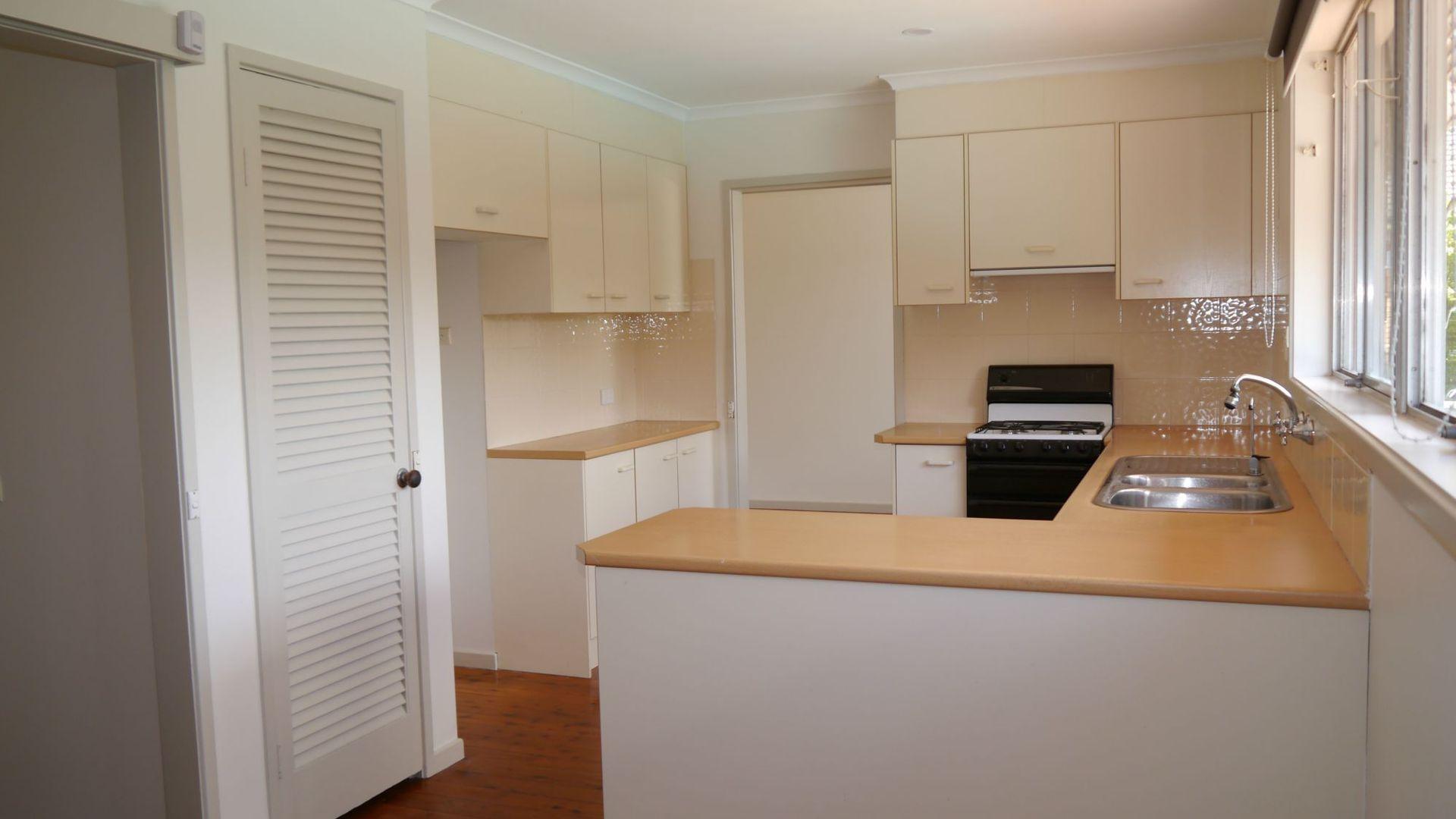 8 McMillan Avenue, Winston Hills NSW 2153, Image 1