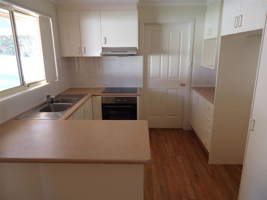 24 Yarrawah, Bourkelands NSW 2650, Image 2