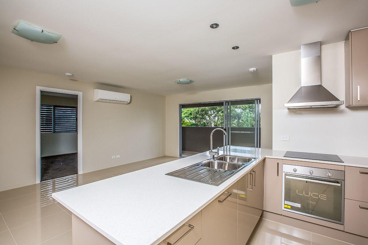 5/85 Queens Road, Everton Hills QLD 4053, Image 2