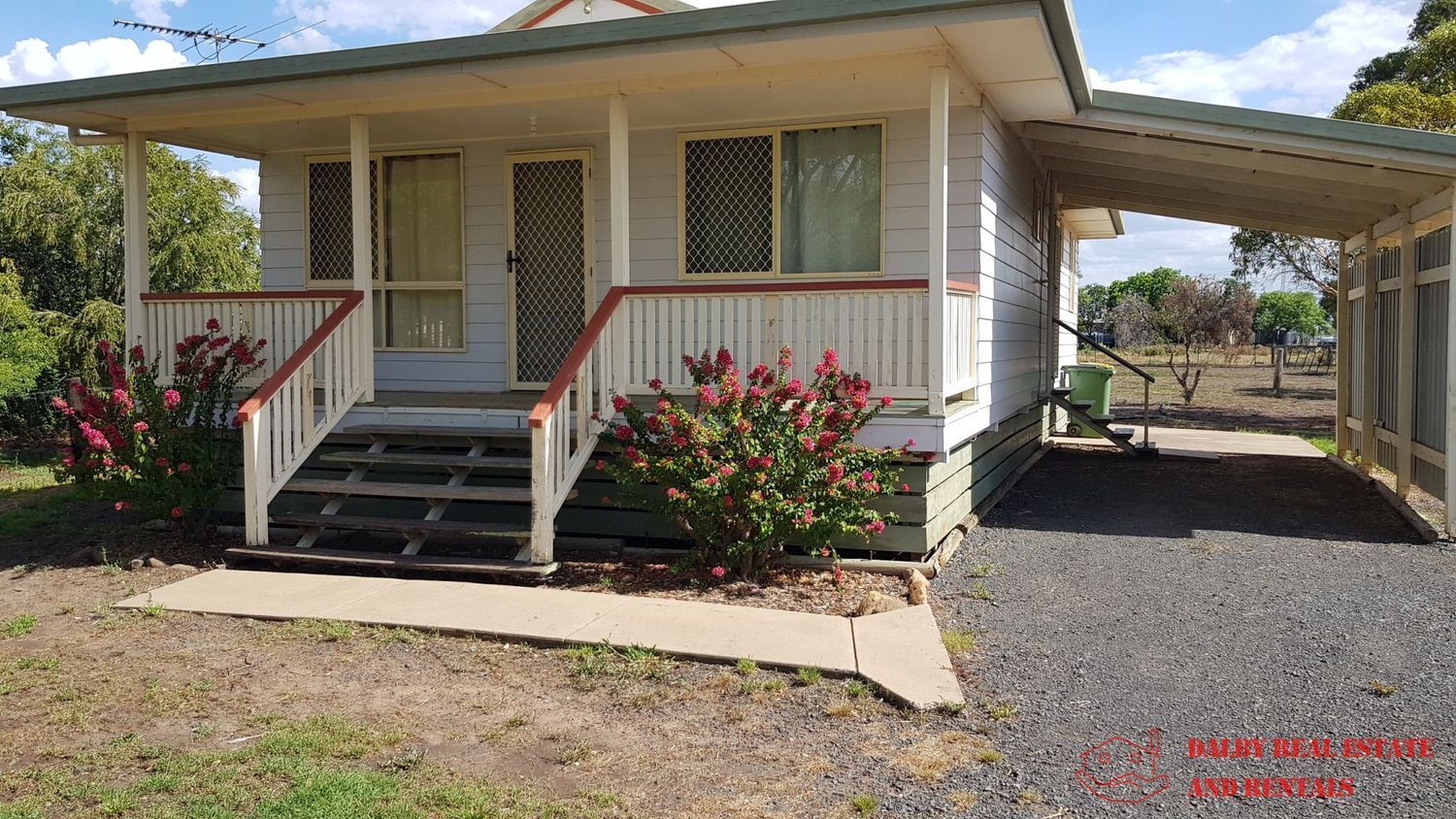 10 Raceview Drive, Dalby QLD 4405, Image 1