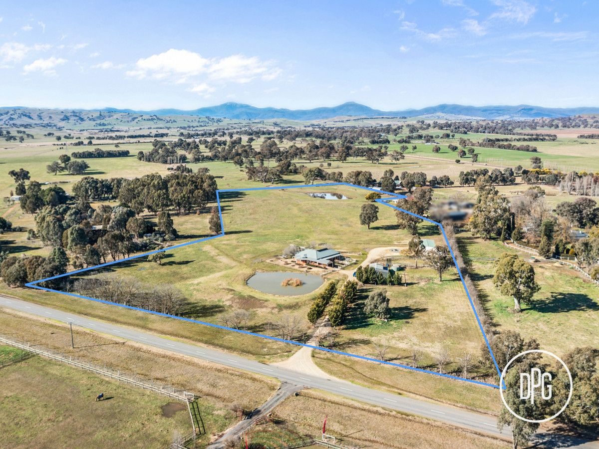 76 Graves Road, Mansfield VIC 3722