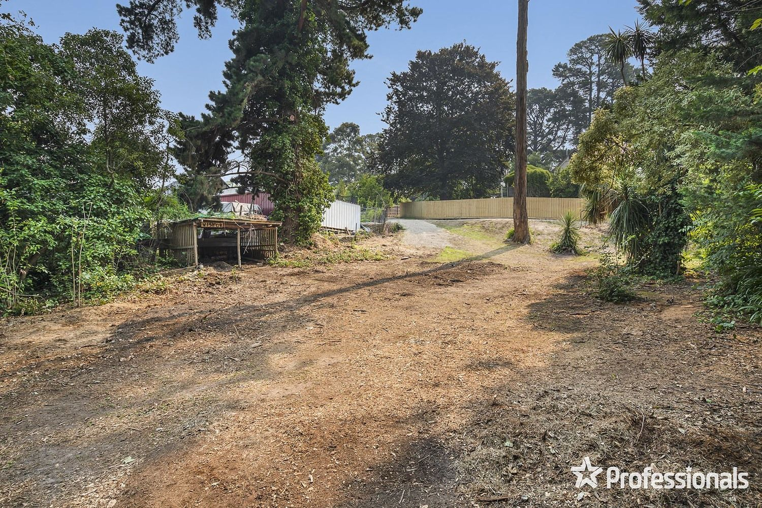 16 Hereford Road, Mount Evelyn VIC 3796, Image 0