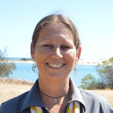 Ilona Visser, Sales representative