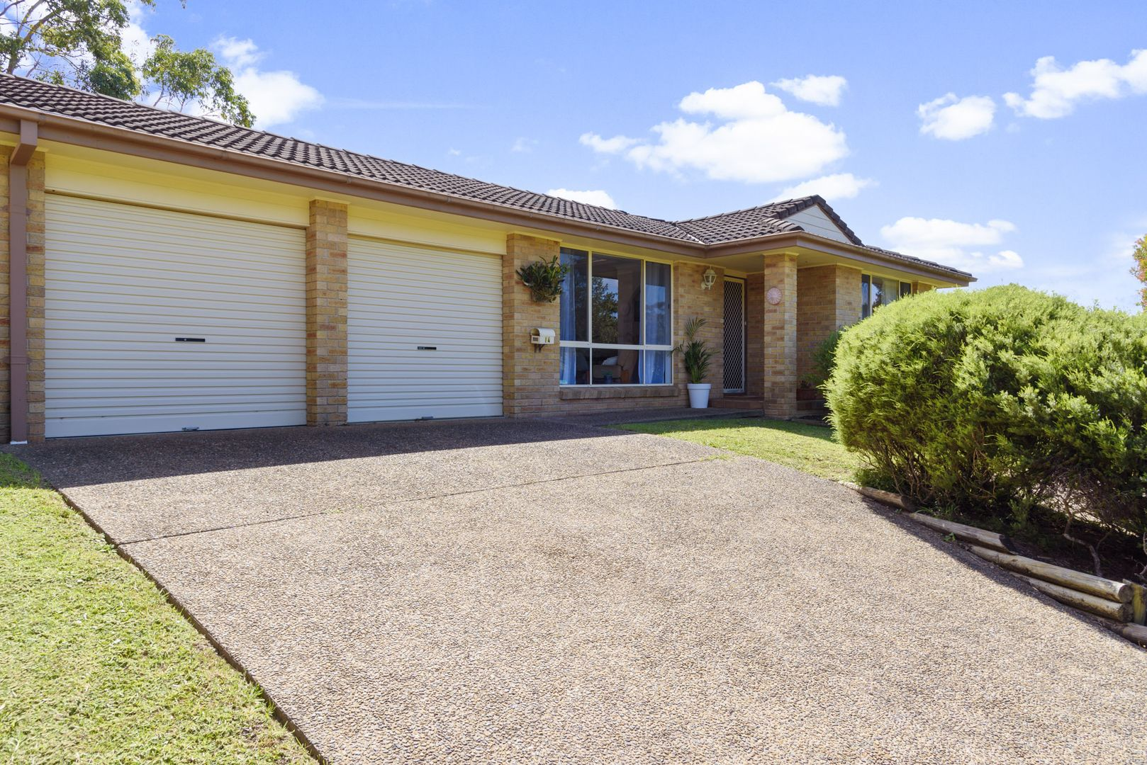 14 Scorpio Grove, Narrawallee NSW 2539, Image 0