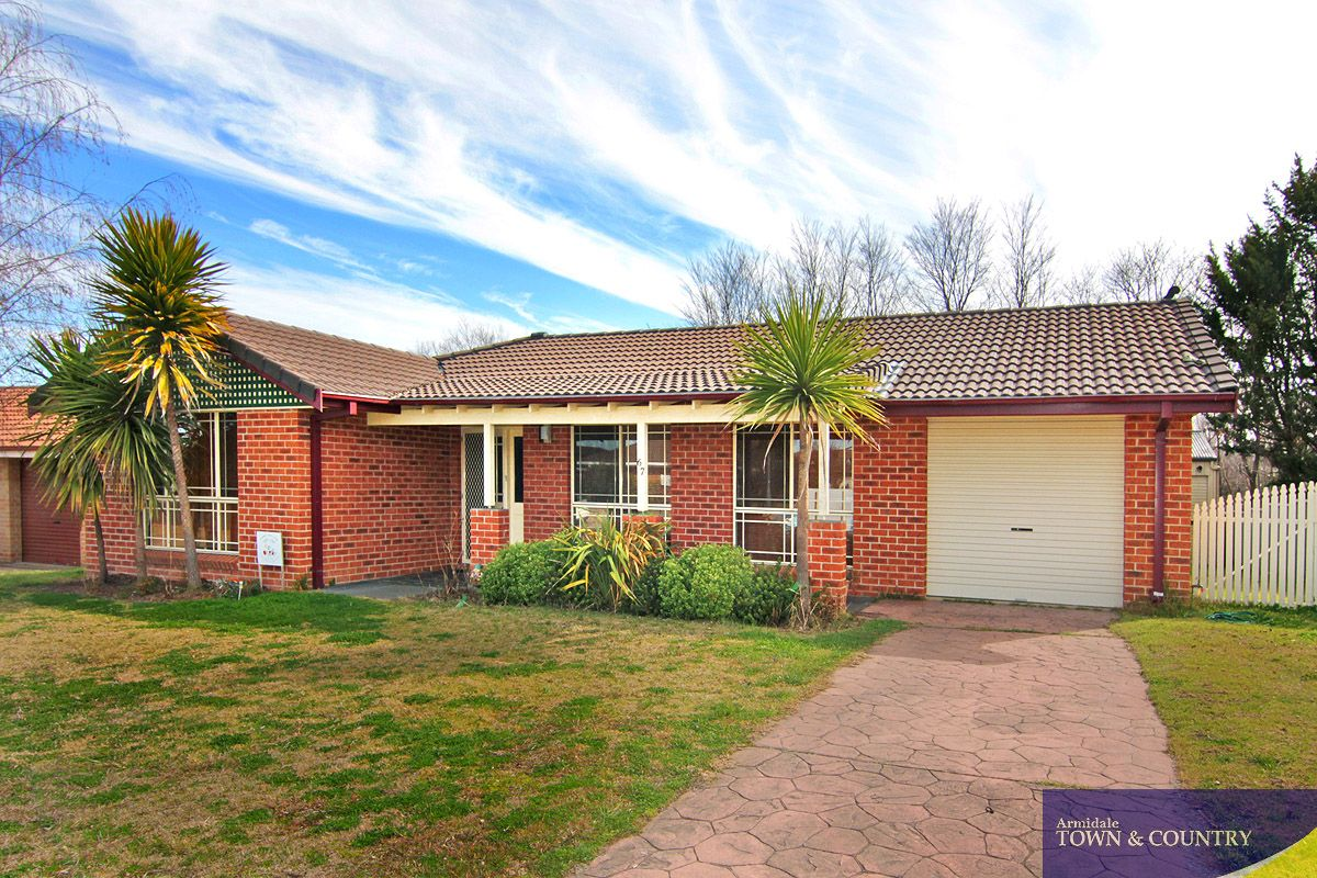 67 MacDonald Drive, Armidale NSW 2350, Image 0