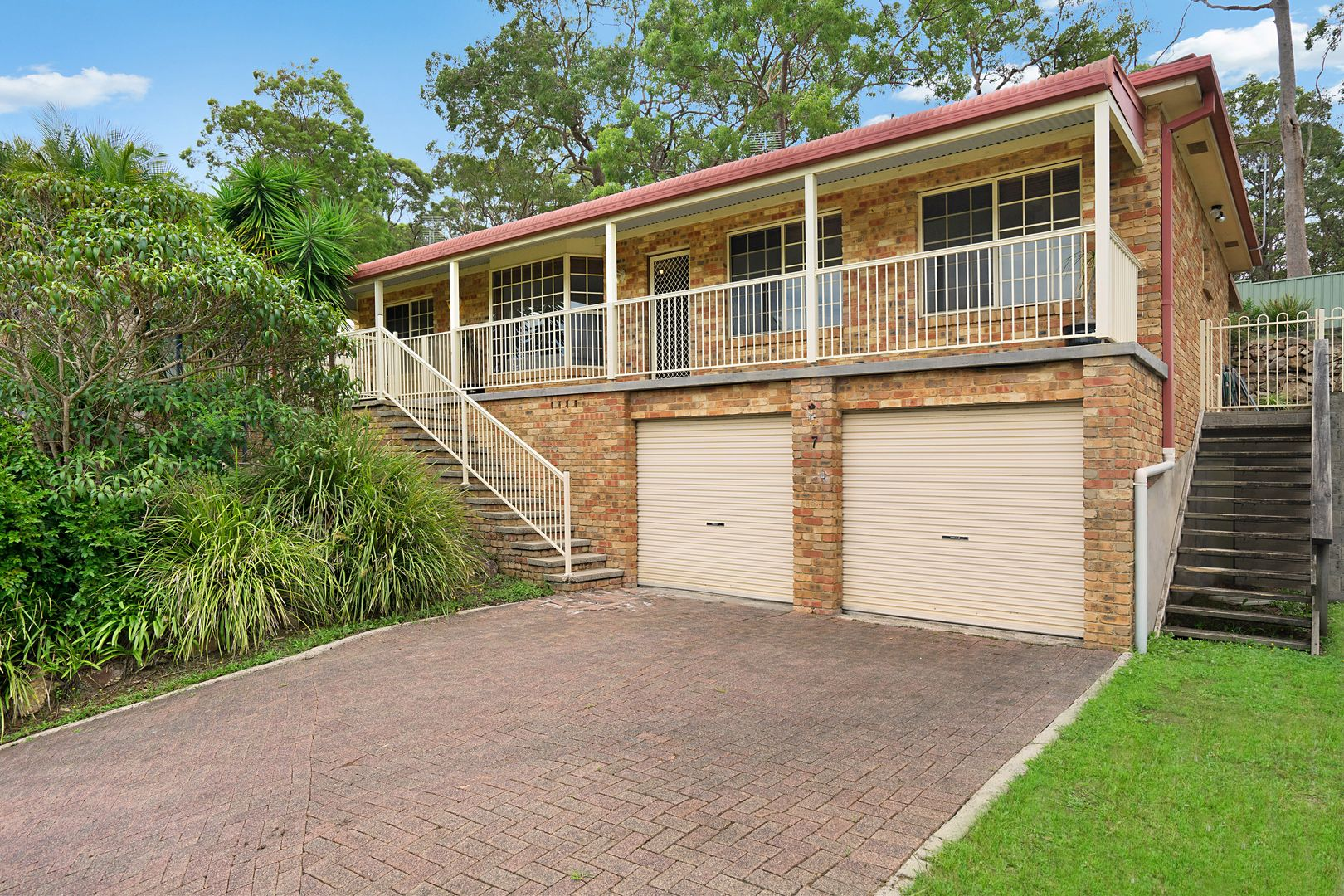 7 Honeyeater  Place, Tingira Heights NSW 2290, Image 0