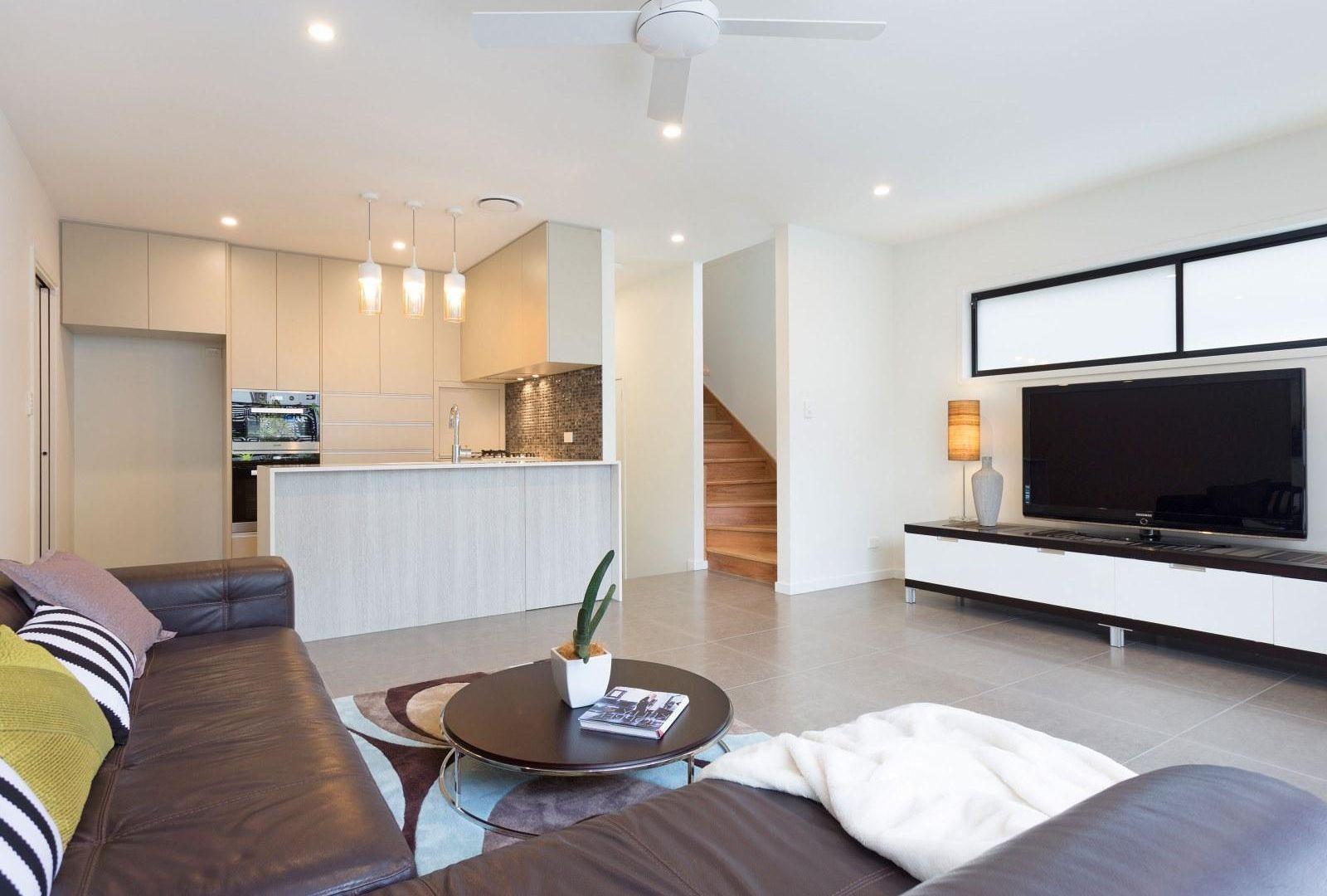 2/15 Simon Street, Yeronga QLD 4104, Image 2