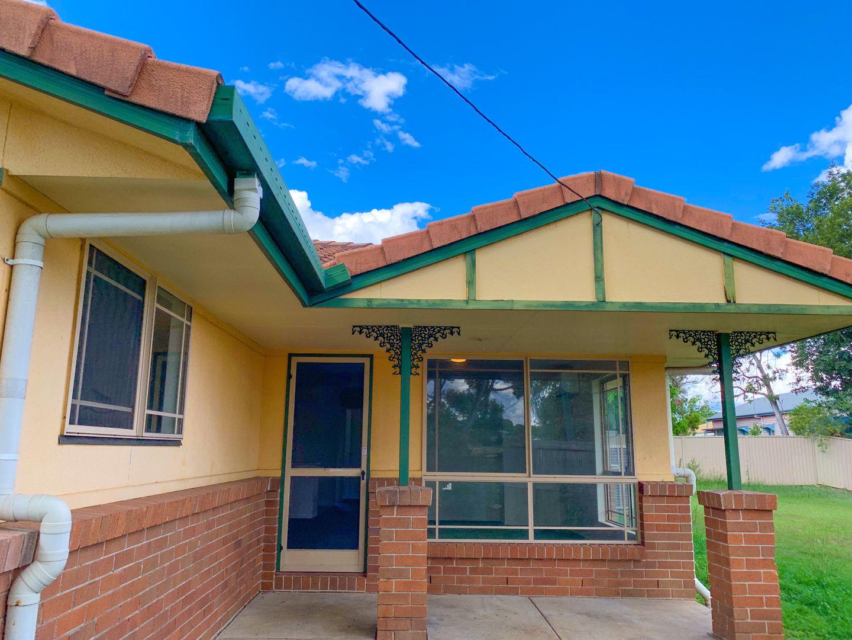 2/42 Cambridge Street, Silkstone QLD 4304, Image 0