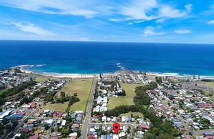 Picture of 1 & 2/14 Benelong Street, Bulli NSW 2516