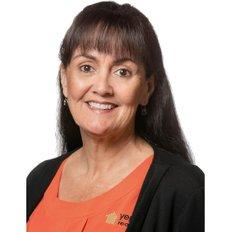 Nicola Barlow, Sales representative