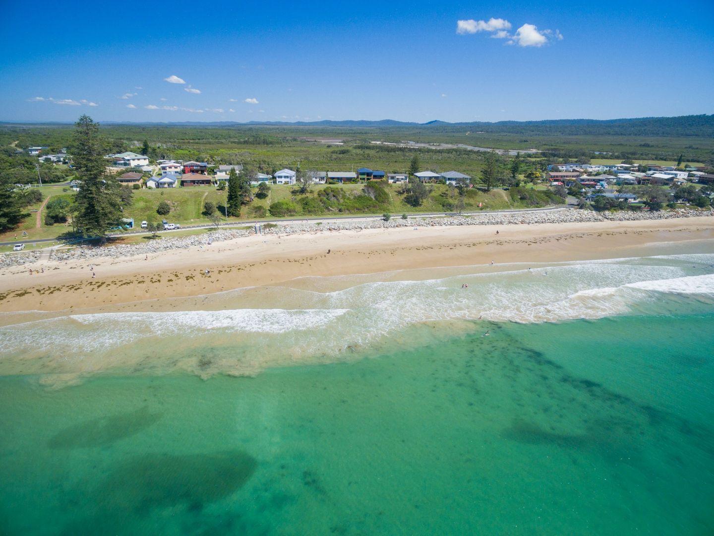 43 Ocean Road, Brooms Head NSW 2463, Image 1