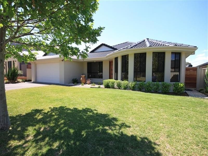 23 The Grange, Tamworth NSW 2340, Image 0