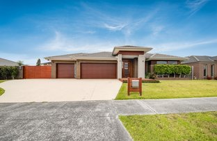 Picture of 2 Briant Court, Narre Warren South VIC 3805