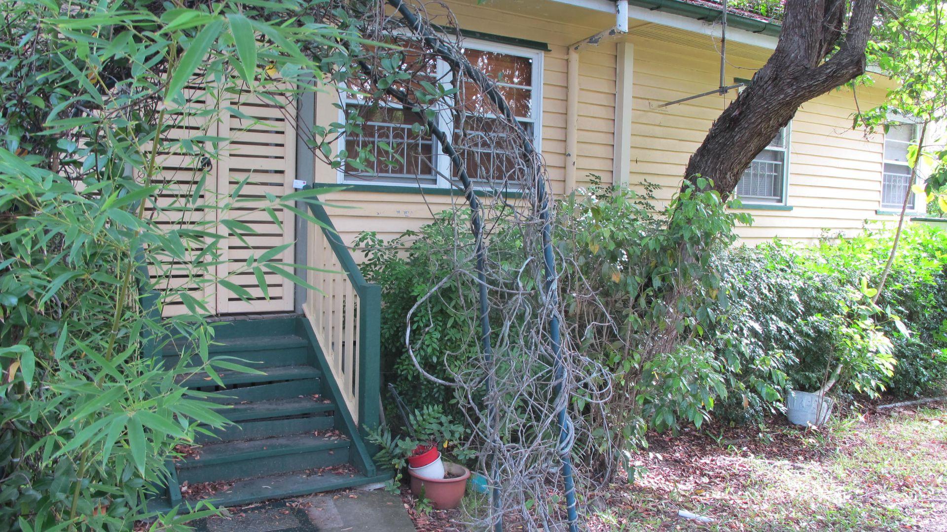 35 Cradock Street, Holland Park QLD 4121, Image 1