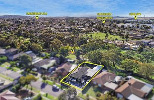 Picture of 23 Mitford Crescent, Craigieburn VIC 3064