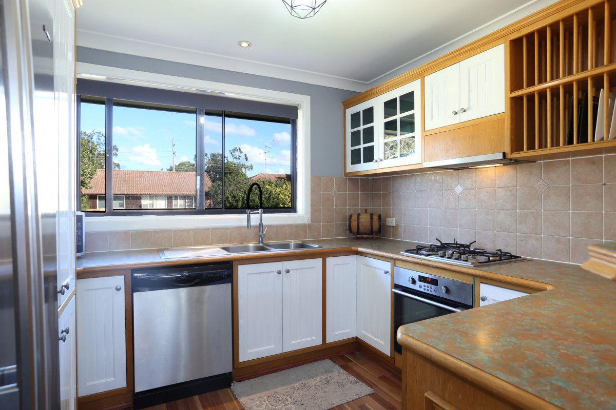 5 Erina Place, South Windsor NSW 2756, Image 2
