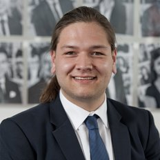 Errol Taufia, Leasing & Business Development