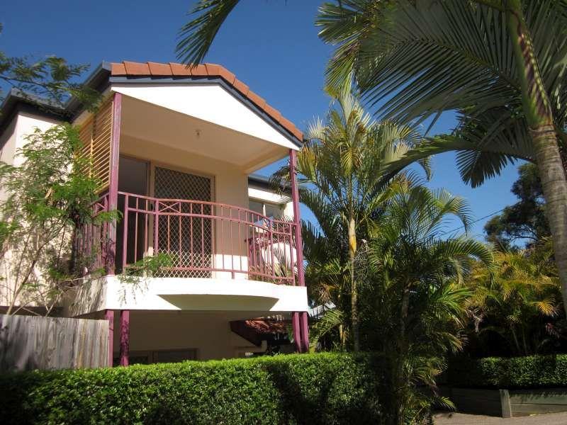 1/40 Warren Street, St Lucia QLD 4067, Image 0