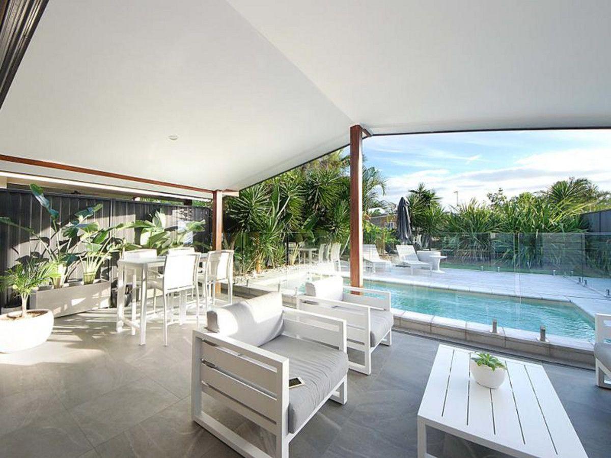 94 Albion Avenue, Miami QLD 4220, Image 1