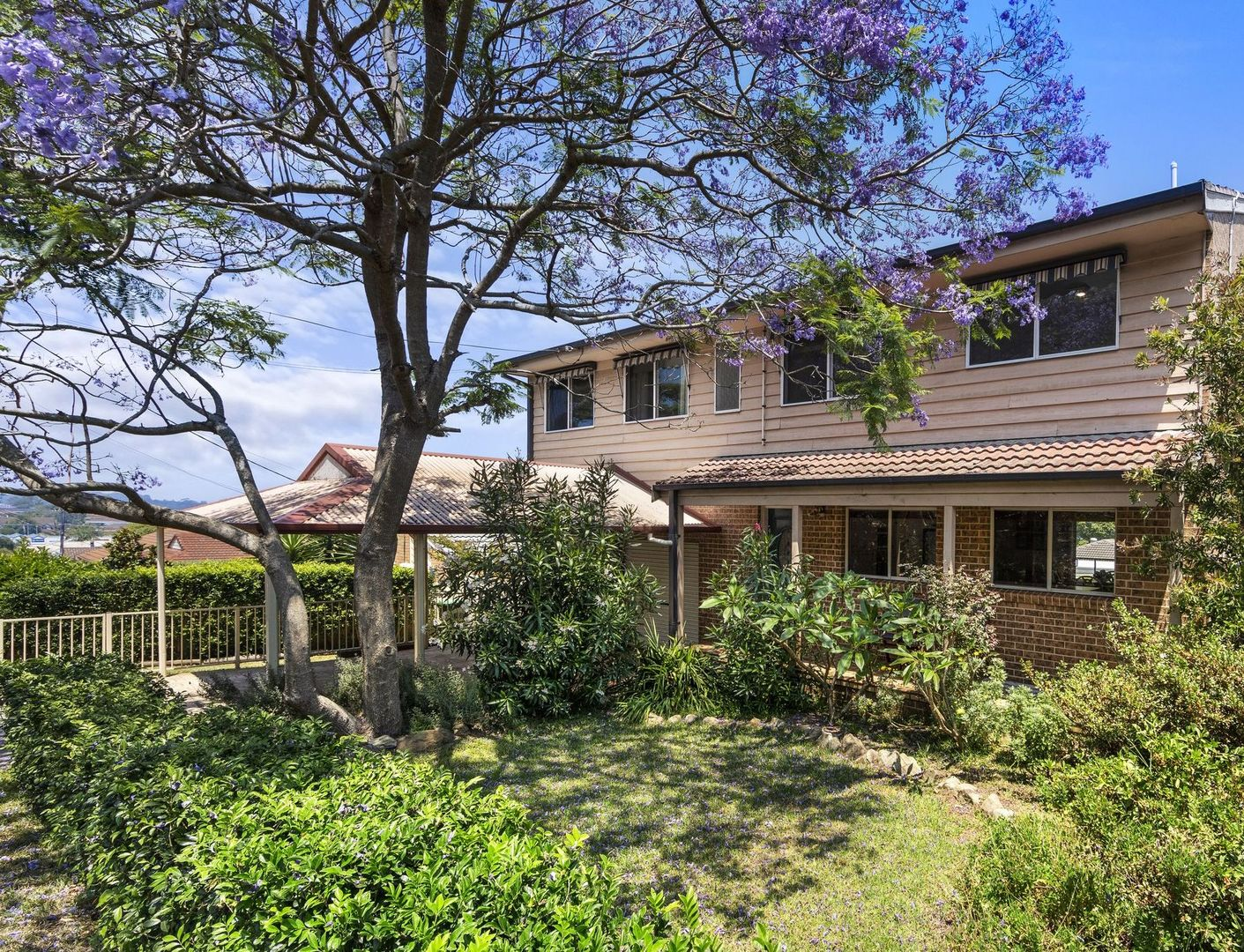 141 Cresthaven  Avenue, Bateau Bay NSW 2261, Image 0