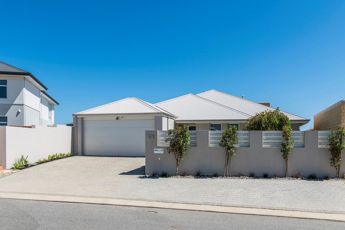 31 Holloways Ridge, Secret Harbour WA 6173, Image 2