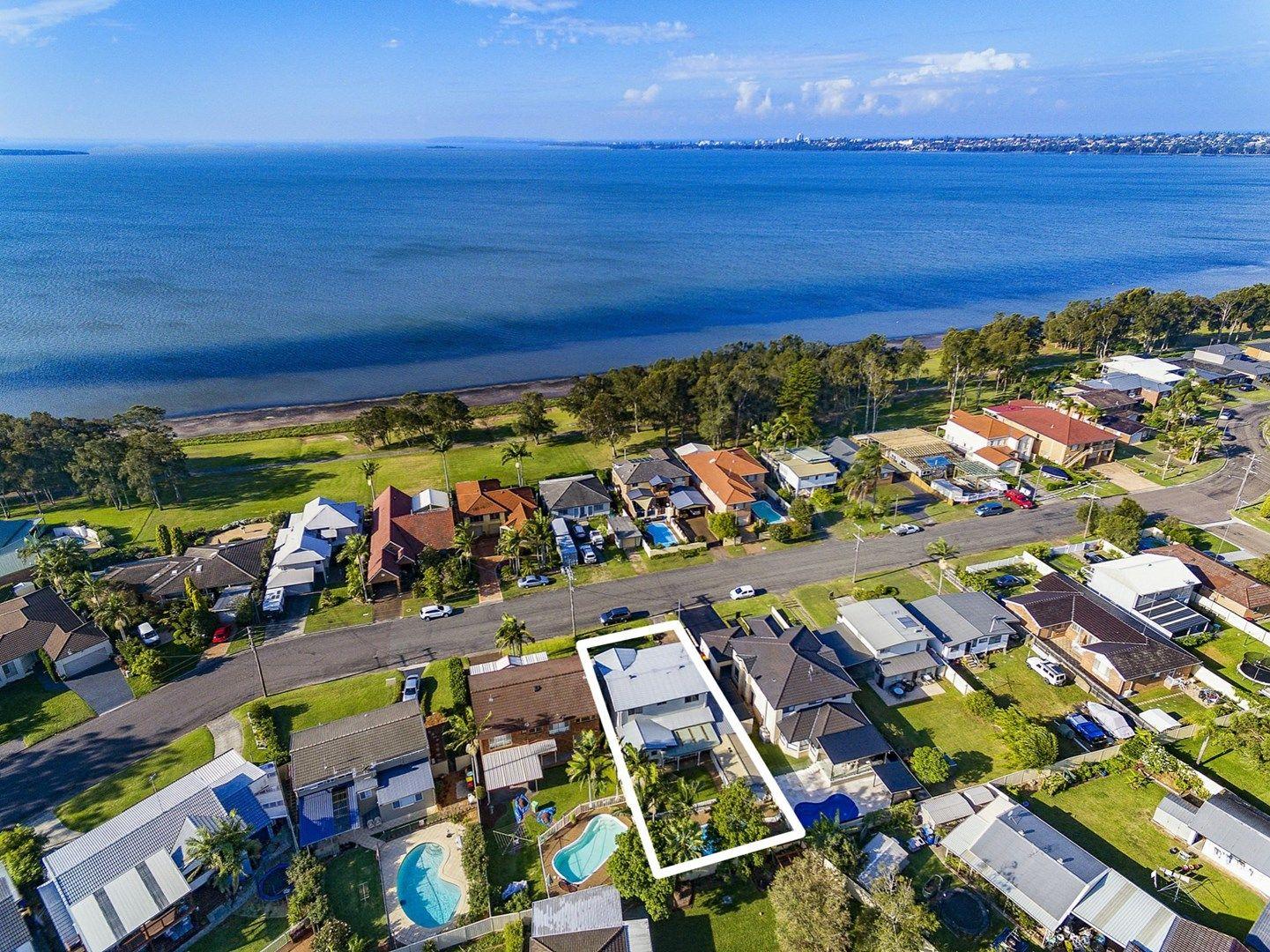 14 Hinemoa Avenue, Killarney Vale NSW 2261, Image 2