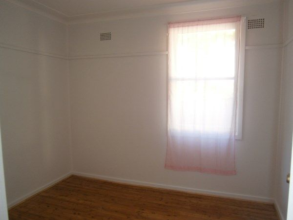 61 Lawrence Street, Peakhurst NSW 2210, Image 16