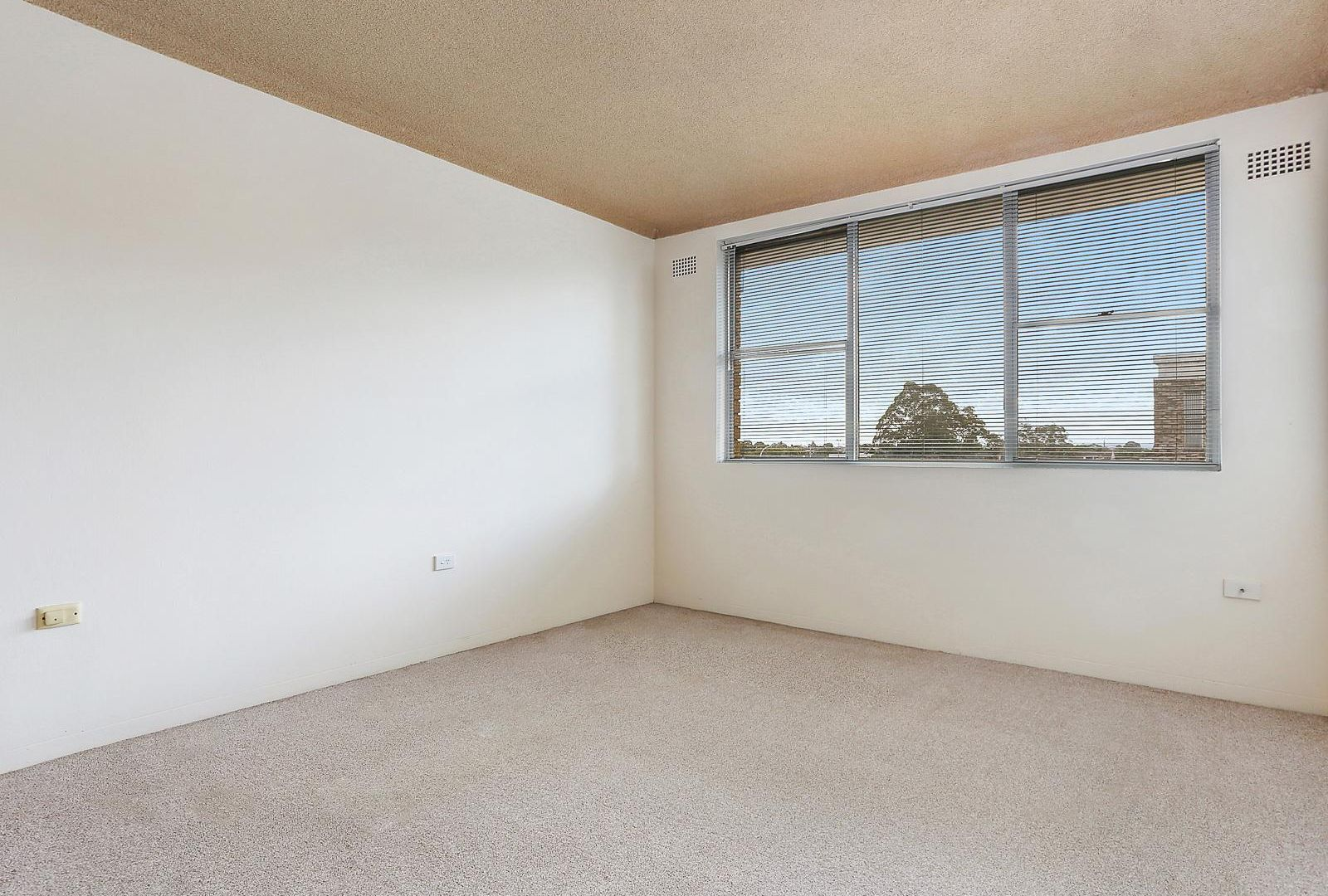 10/6-8 Station Street, Guildford NSW 2161, Image 2