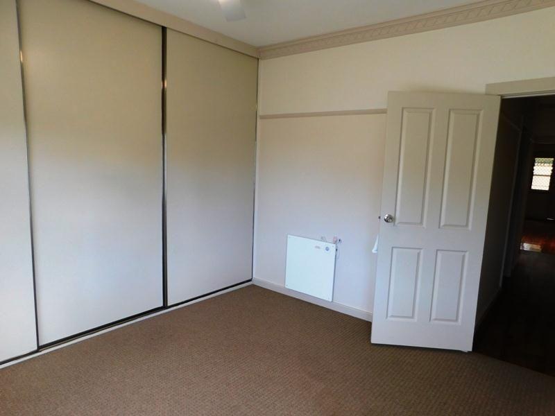 1063 Calimo Street, North Albury NSW 2640, Image 2