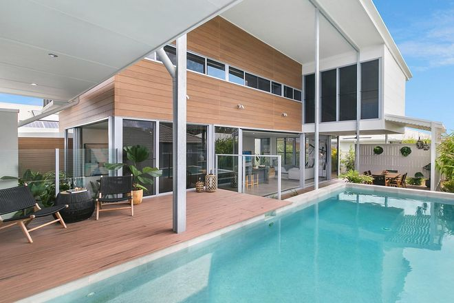 Picture of 8 Bond Street, PELICAN WATERS QLD 4551