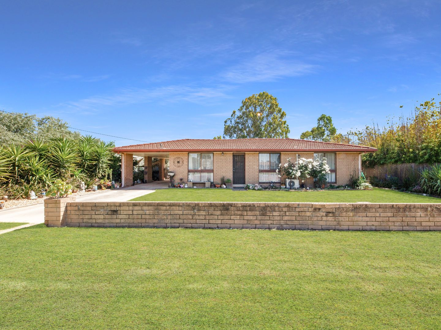 7 Russell St, Howlong NSW 2643, Image 0