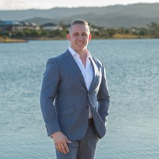 Tyler Benson, Sales representative