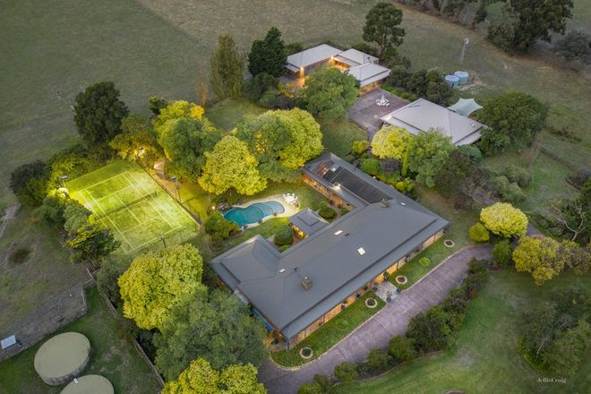 Picture of 41 Research Warrandyte Road, RESEARCH VIC 3095