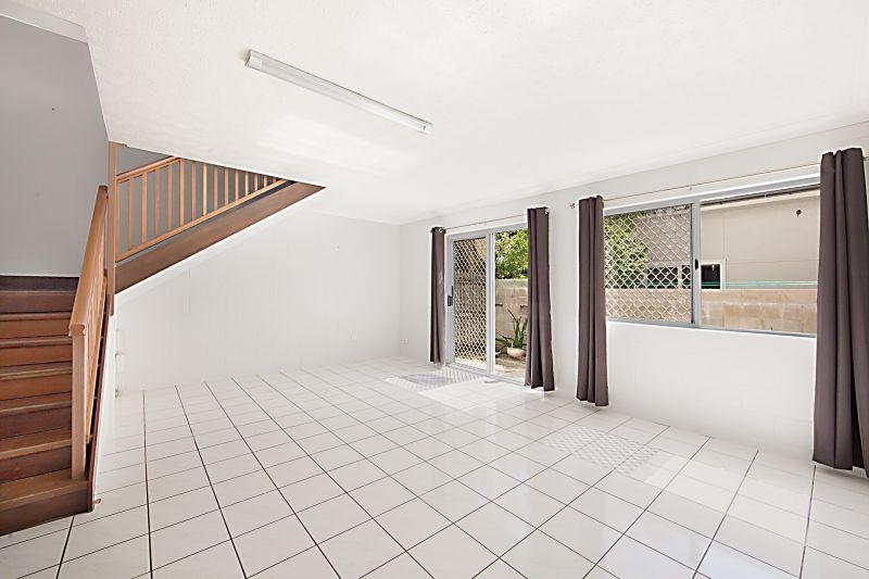 3/13 Lamington Road, West End QLD 4810, Image 0