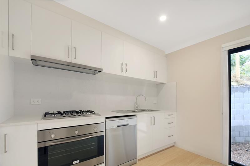 4/51 Bicentennial Crescent, Meadow Heights VIC 3048, Image 2