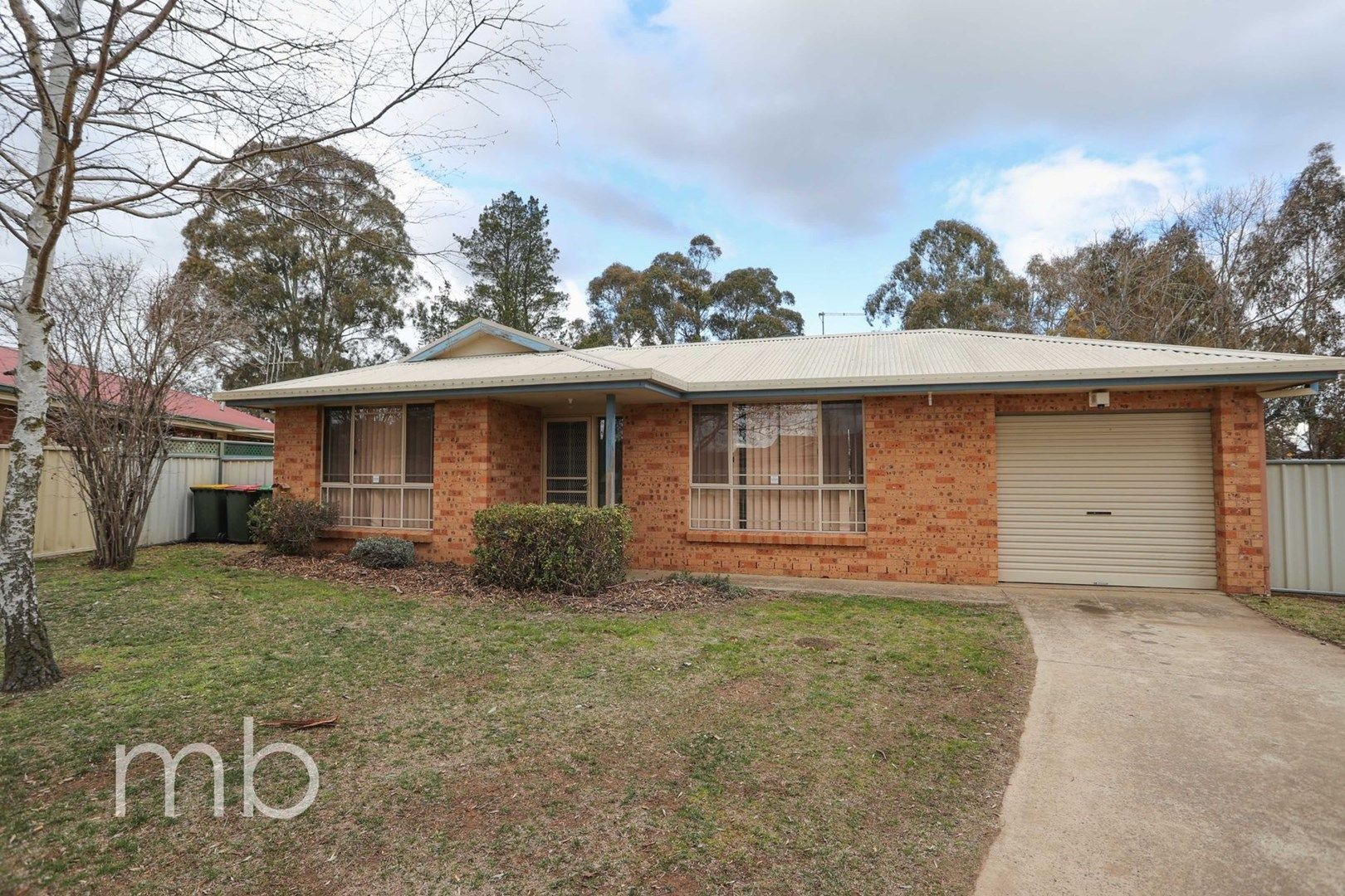 4 Rosedale Place, Orange NSW 2800, Image 0