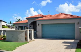 Picture of 17 Moonraker St, Clear Island Waters QLD 4226