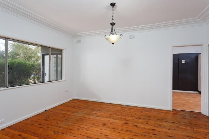 6 Montgomery Street, Ashmont NSW 2650, Image 1