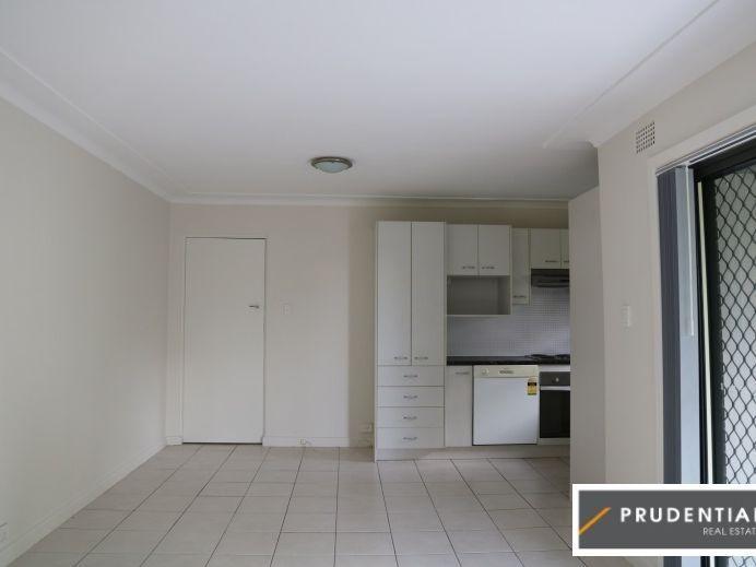6/4 Sturt Street, Campbelltown NSW 2560, Image 2