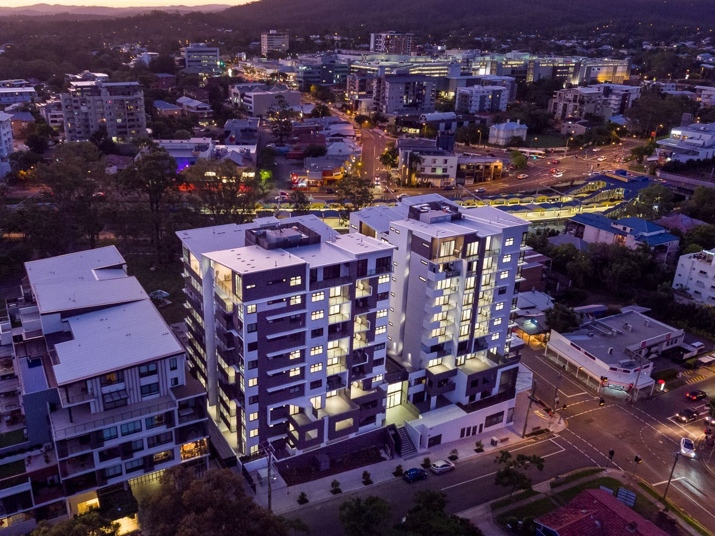 131/181 Clarence Rd, Indooroopilly QLD 4068, Image 2