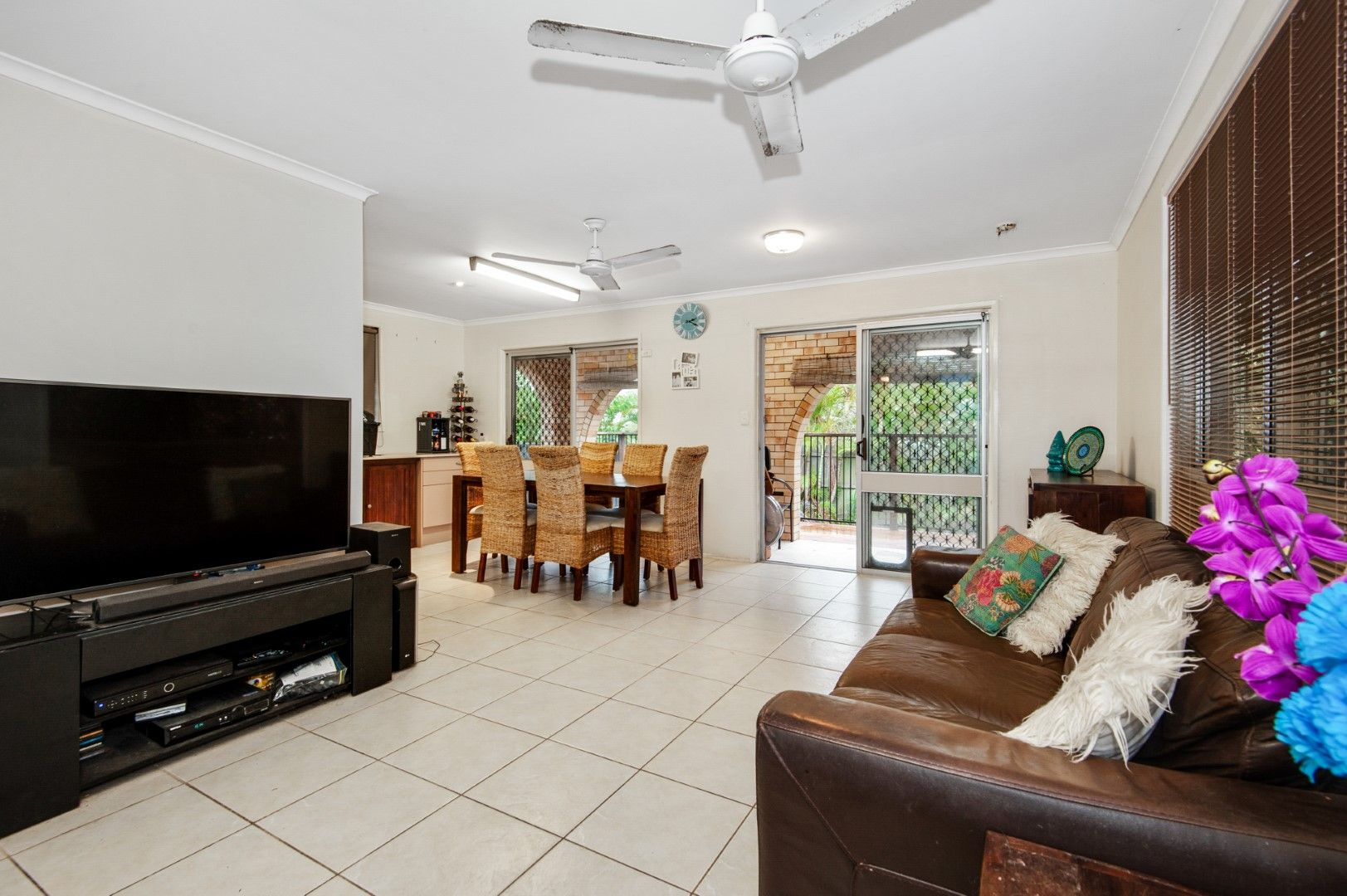 16 Rowell Street, Battery Hill QLD 4551, Image 2