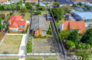 Picture of 16 Glenfine Avenue, Hamlyn Heights VIC 3215
