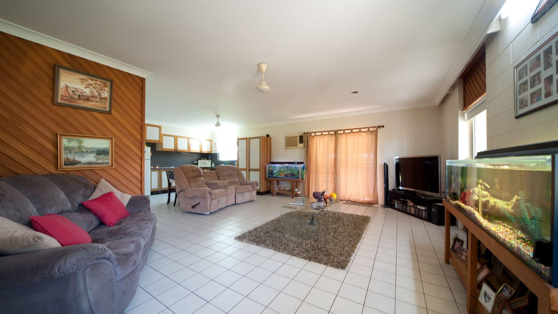 7 O'Hanlon Crescent, Proserpine QLD 4800, Image 2