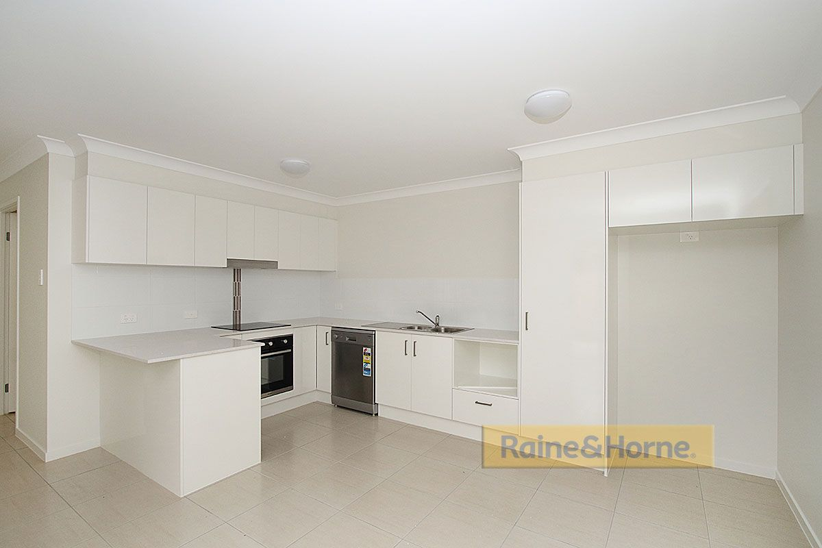 1/13 William Street, Bundamba QLD 4304, Image 2