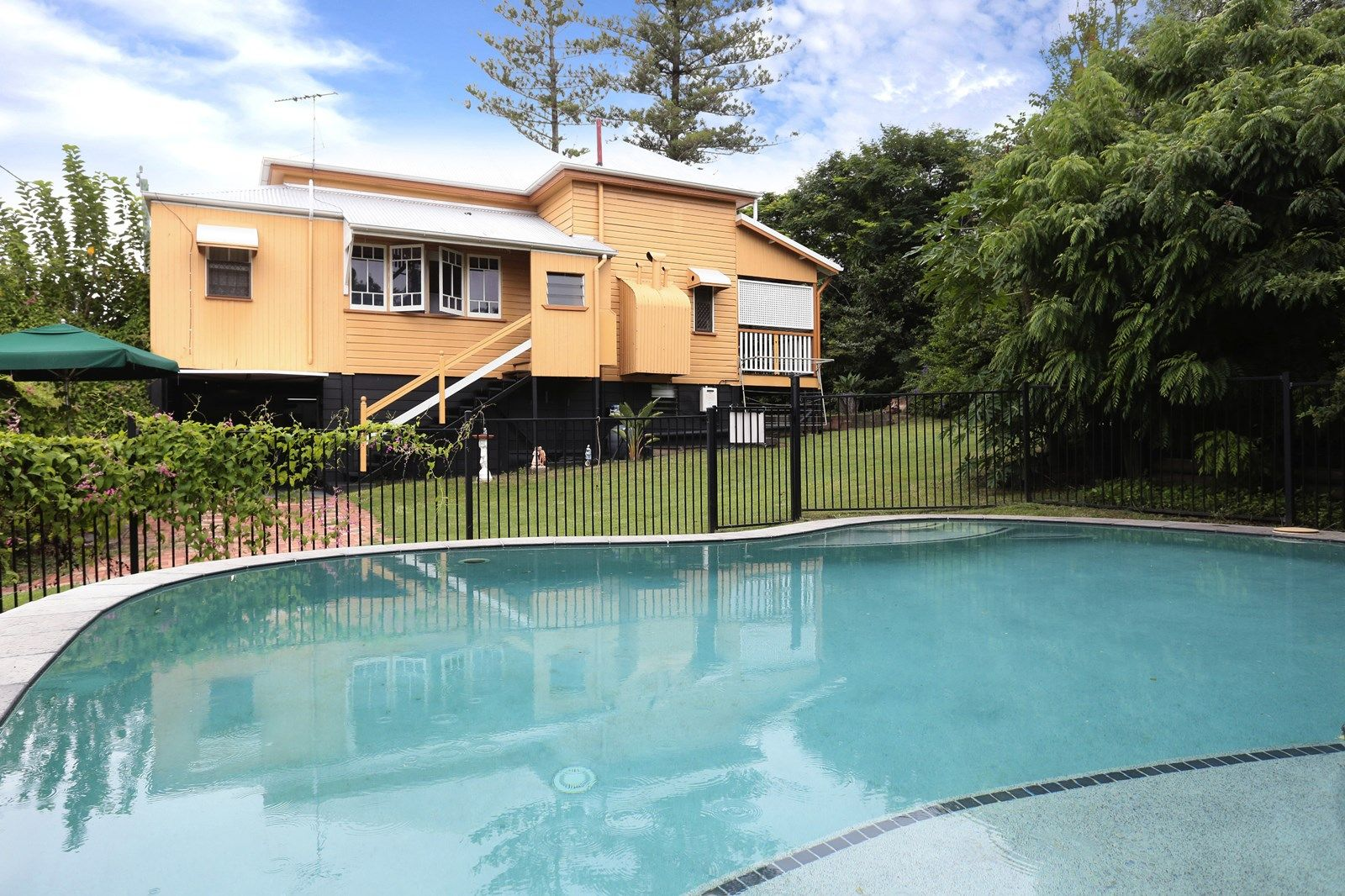98 Chermside Rd, East Ipswich QLD 4305, Image 1
